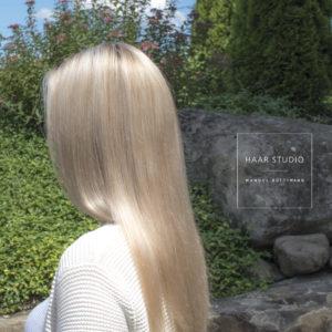 perfektes Blond Coiffure bei Zürich